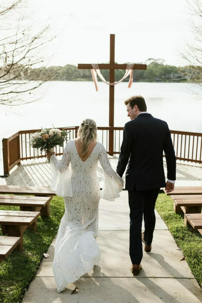 how to elope